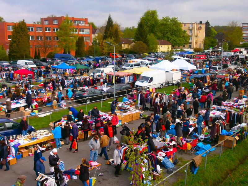 Geesthacht Schwimmbad flohmarkt auf dem hauni parkplatz in hh bergedorf geesthacht